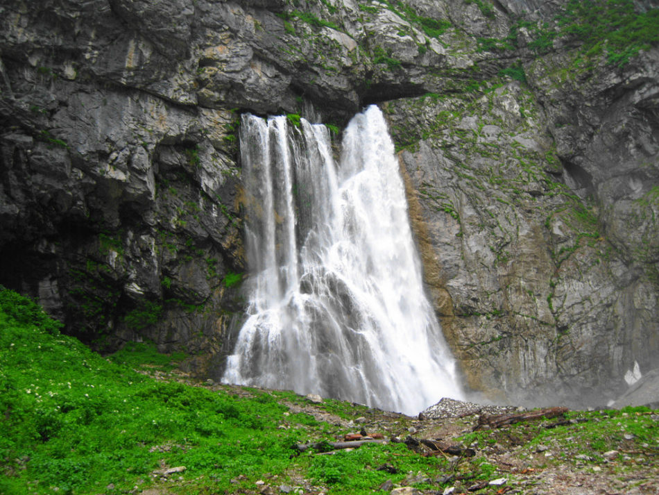 Черкесский водопад фото