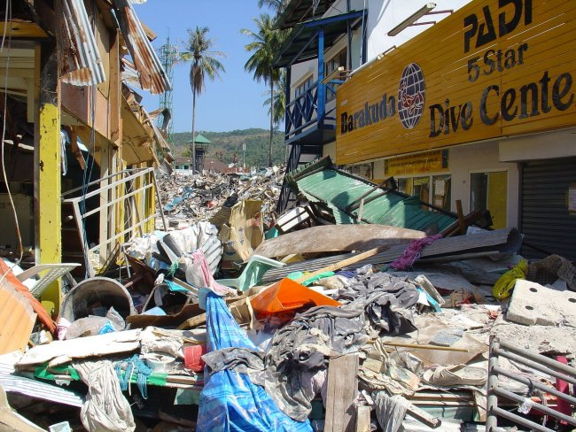 Цунами в Тайланде 2004 сколько погибших